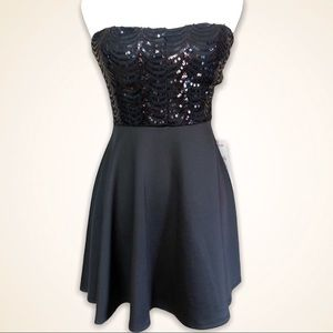 Promgirl strapless sequin A-line dress